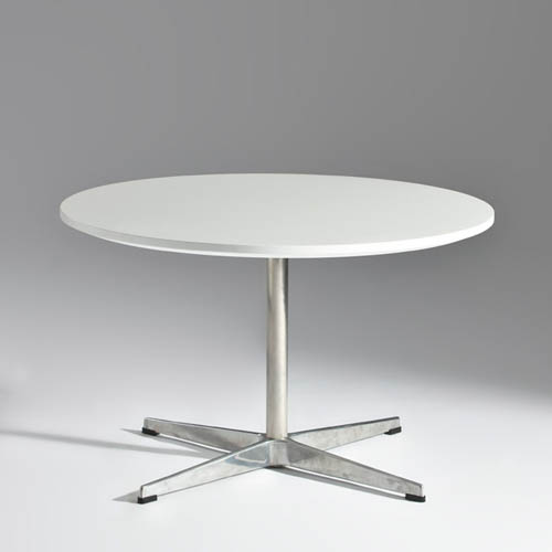 Replica Coffee Table by Arne Jacobsen